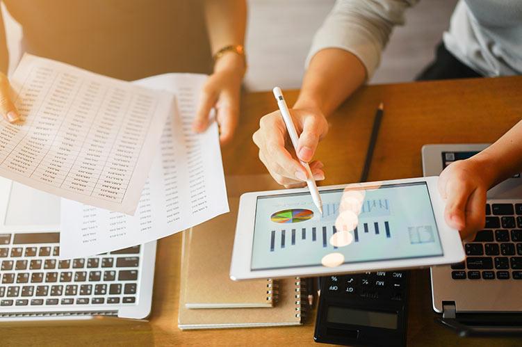 investment-papers-ipad-portfolio-IS-1138898580