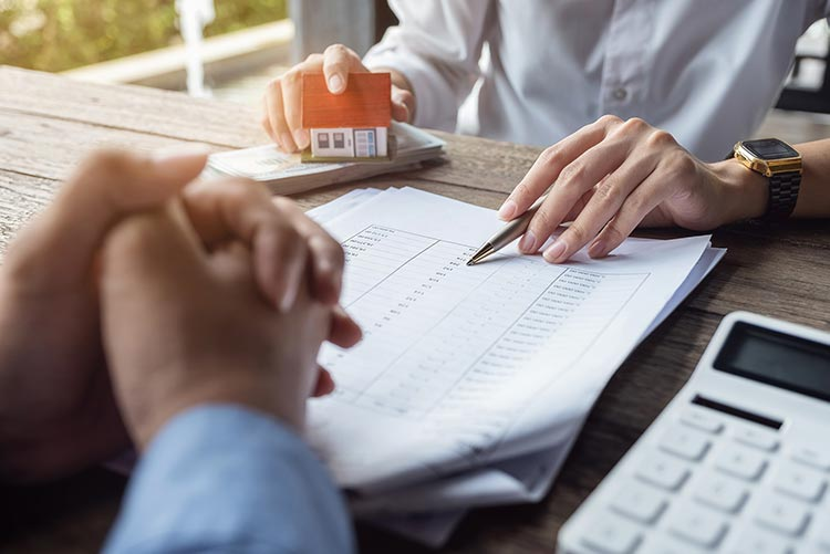 mortgage-schedule-pen-IS-1181541530