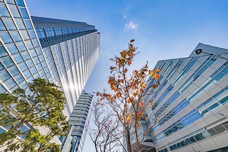 urban-buildings-sky-IS-1188742957