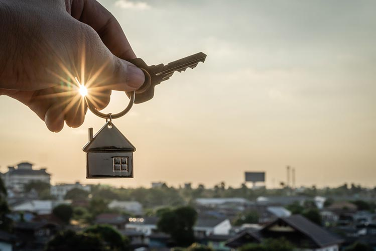 Can a New Property Be Purchased Before the Old Property Is Sold in a 1031 Exchange?